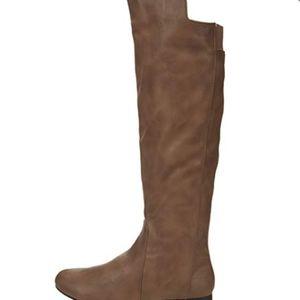 Fergalicious Women's Tiara Taupe Boots. Size 9.5